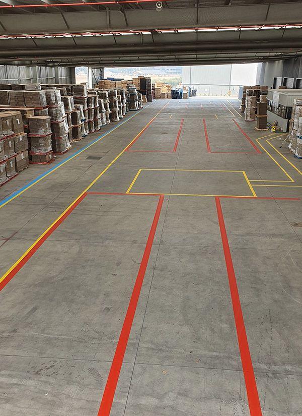 warehouse-line-markingD435524B-35AF-95D3-C921-04E32678F9F5.jpg